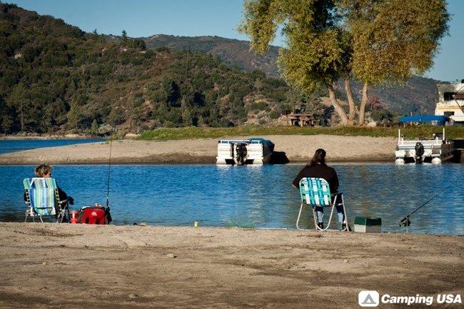 Lake Hemet Campground Waterpark - YouTube